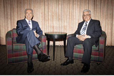 Peres, Abbas meet in 2010