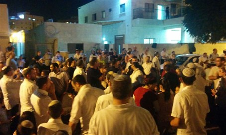 Lod protest after sukkah shooting