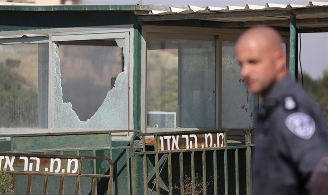 Scene of shooting attack in Har Adar