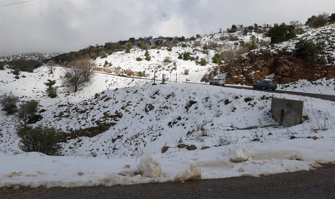 Road leading up to Mount Hermon