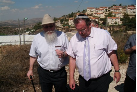 Katzelah and Hershkowitz at Ulpana neighborho