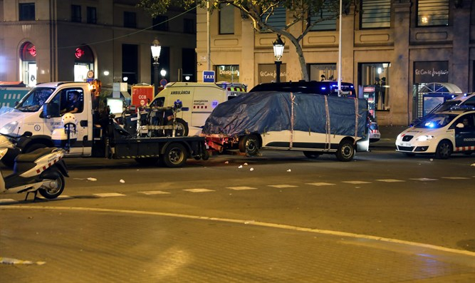 Van which crashed into pedestrians at Las Ramblas in Barcelona