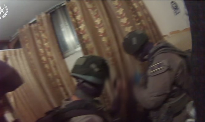 תיעוד arrest of terrorist behind assassination plot